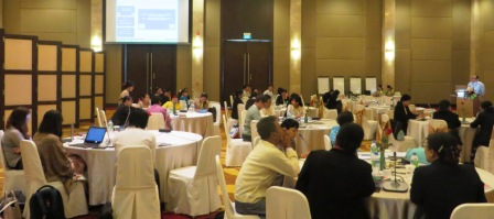 Dr Zaw Oo, CESD Executive Director, presents at the public financial management workshop