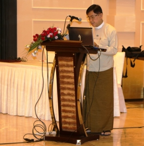 H.E. U Maung Maung Win, Deputy Minister, Ministry of Planning and Finance, opening the training session